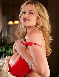 Kelly Madison Gift Of Giving