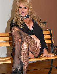Kelly Madison Light My Fire
