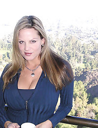 Kelly Madison The 19th Hole #1