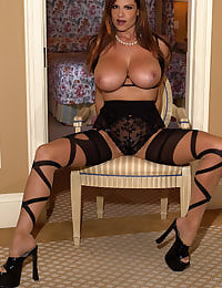 Kelly Madison Leg Show