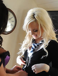 Secretary in Stockings Faye Taylor and Miss Amorette in October 2011