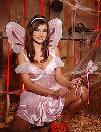 Sexy fairy showing her pussy