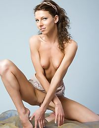 Rebecca C in Satik Nude Photography by Rylsky