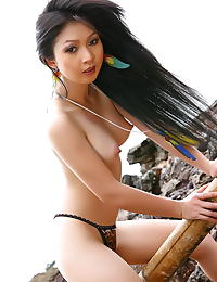 Asian lin si yee 16 asain women beach