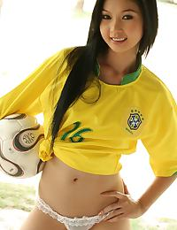 Lin Si Yee Brazil World Cup Strip