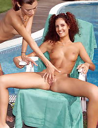 yasmine 03 poolside wetpussy stretching