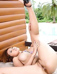 Asian minny fong 07 public nudity vulva exposed