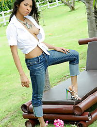 Asian amara ranipas 22 tight jeans erect nipples