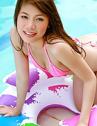 Asian patricia tsang 06 bikini pool