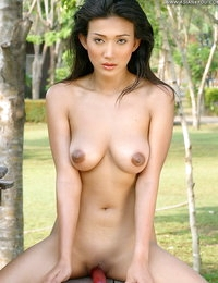Undressed Japanese Pretty Hottie Vicky