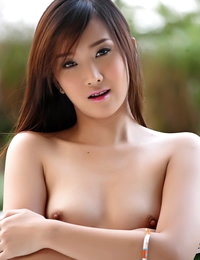 Au Naturel Japanese Horny Adulteress Lolita Cheng