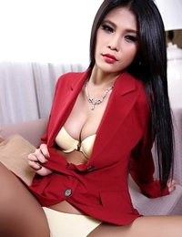 Undressed Asiatic Horny Girl Jinny Yun