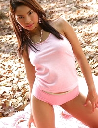 Asian Sexy Amara Ranipas