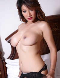 Bare Chinese Horny Spouse Nancy Ho
