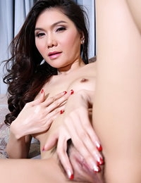 Bare Thai Scorching Model Jessica