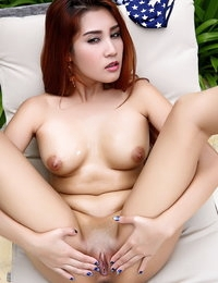 Bare Japanese Beautiful Babe Laila