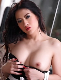 Bare Asian Scorching Hottie Yoko