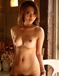 Au Naturel Asiatic Hot Skank Marky