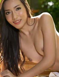 Disrobed Thai Amazing Spouse Arianna