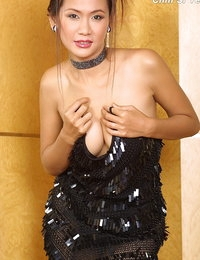Naked Siamese Beautiful Dame Chin Si Yee