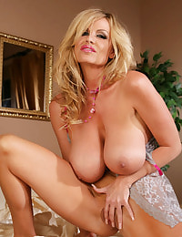 Kelly Madison nude pics