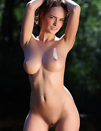 Milana F erotic photo