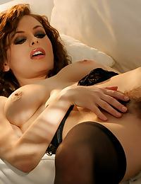 Ginger Jolie erotic photo