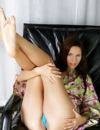 Linnea erotic photo