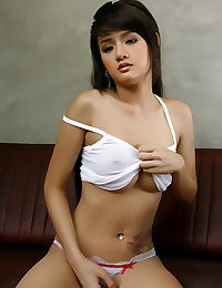 Nancy Lin erotic photo