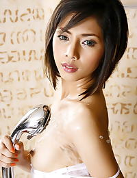 Carolina Fong erotic photo