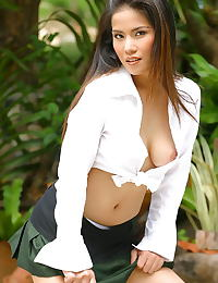 Sunny Lee erotic photo