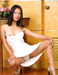 Lily Tang erotic photo