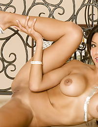 Jayd Lovely nude pics