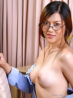 Molly Lee erotic photo
