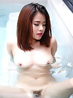 Miyu erotic photo